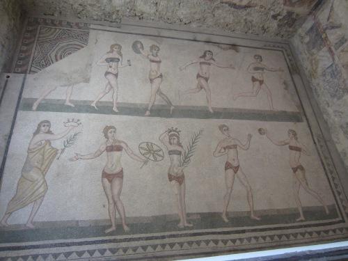 """Villa Romana del Casale """"bikini girls"""""""